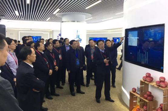 山东省数据大厅汇报交流展示,《烟台苹果追溯平台――让人民吃得放心》入选28