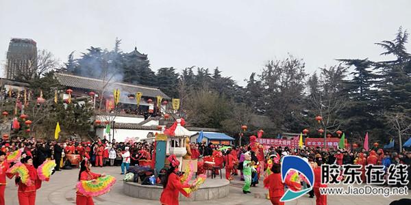 新春走基层:热度持续走高,烟台毓璜顶庙会进入第二天