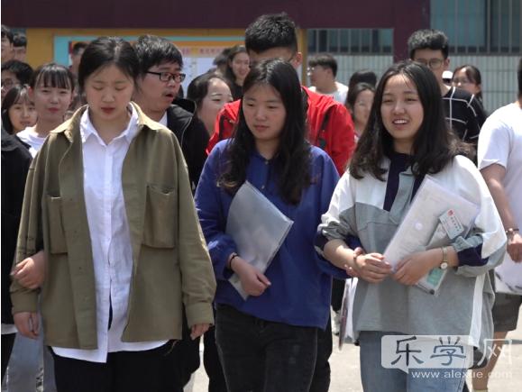 2019年山东春季生活作文:高考在__时代信阳市吧高中图片