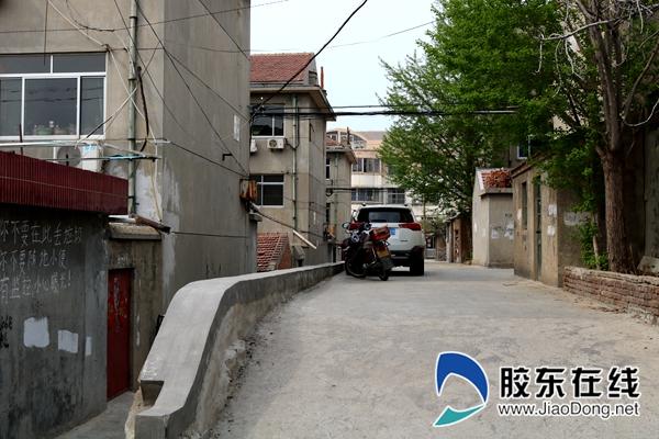 麒麟小区拆前街巷陡坡