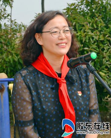 烟台市慈善总会副秘书长、烟台市慈善总会办公室主任赵东丽讲话