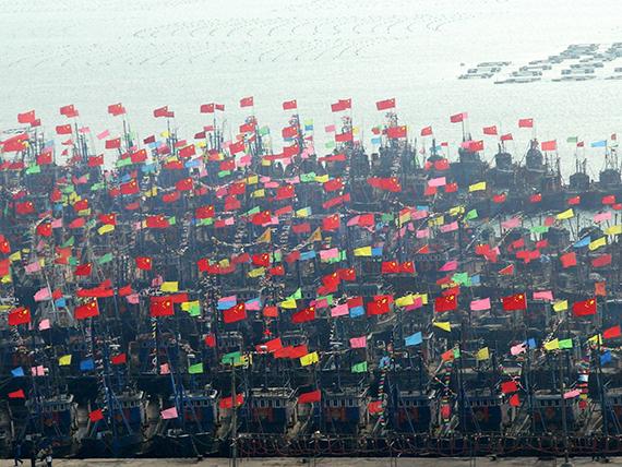 44节日中的渔港 2010年2月27日 摄影者:米军