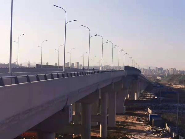 鐵路橋通車前照片1