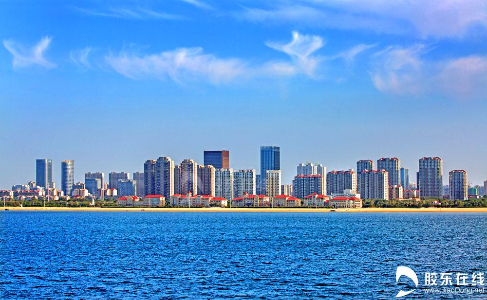 海上看开发区高层建筑群