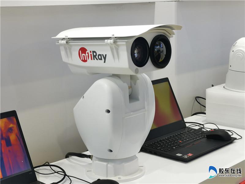 双光谱云台型摄像机