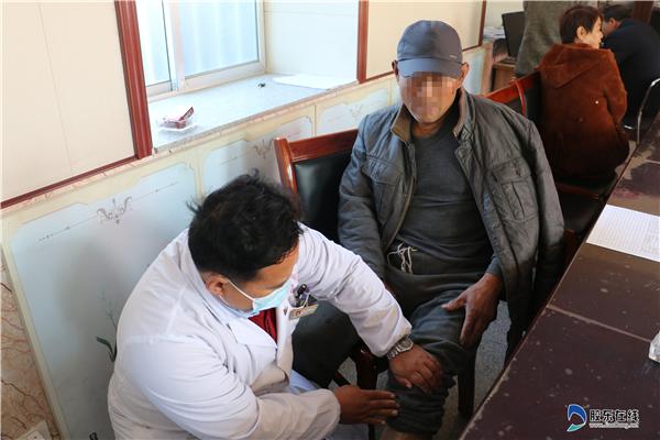蓬莱区第二人民病院医疗队到大辛店镇大夺沟村义诊