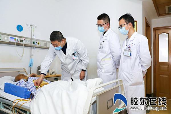 3、肝�外科�<�O立臣(右三)