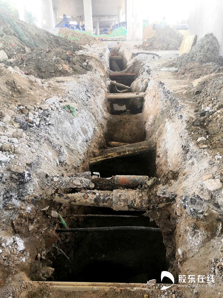 管线改造1(人工开挖管线探沟)
