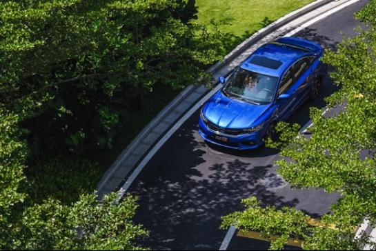 年前买车,卡罗拉双擎vs享域锐·混动怎么选?527