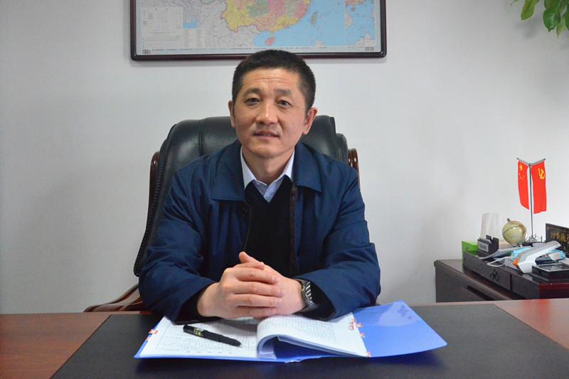 市人力资源社会保障局党组书记、局长  姜瑞_副本